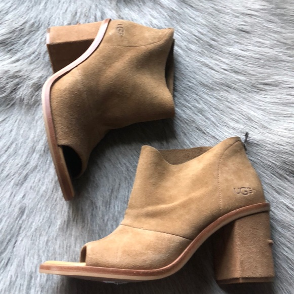 43a016a6d09 New UGG Ginger Peep Toe Booties Suede 8
